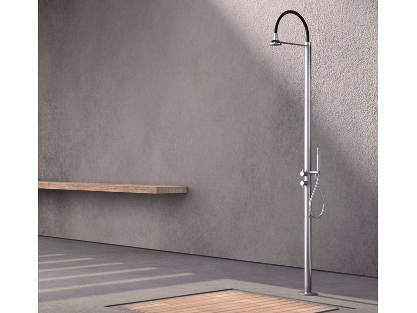 Stainless steel outdoor shower COL1 | Outdoor shower by Radomonte