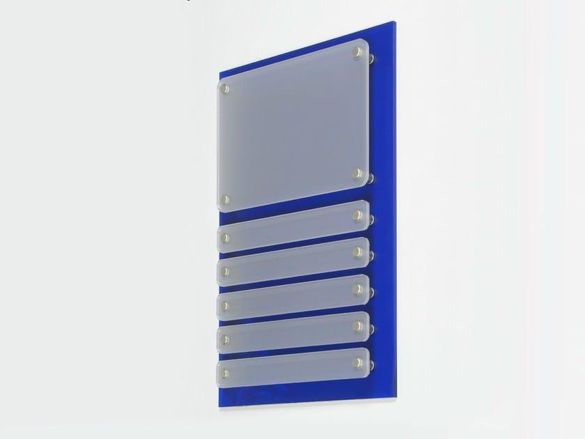 panneau de signalisation personnalis en plexiglas combi tapws by geprom design. Black Bedroom Furniture Sets. Home Design Ideas