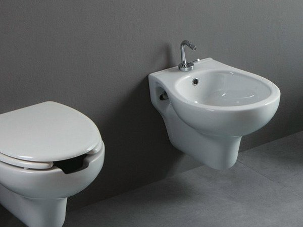 Wall-hung ceramic bidet CONFORT OPEN | Wall-hung bidet by Alice Ceramica