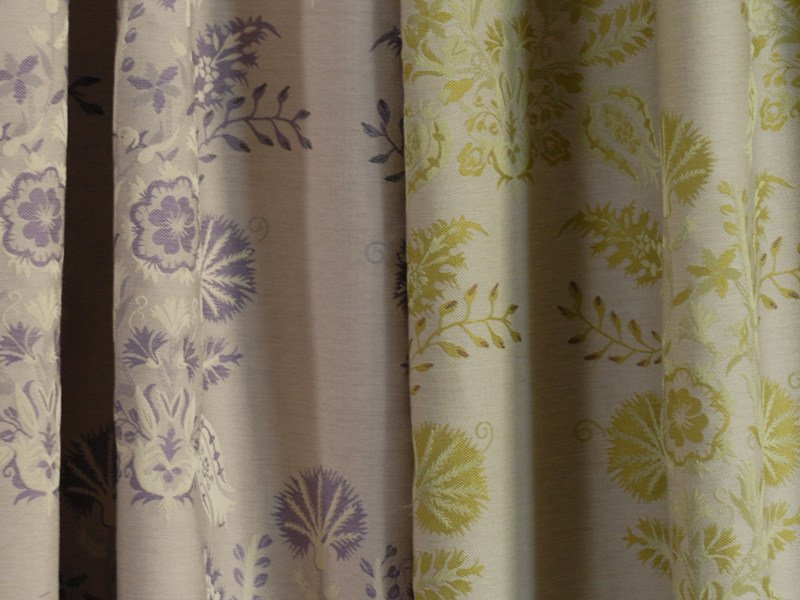 Jacquard fabric with graphic pattern COTTAGE FLORAL by l'Opificio