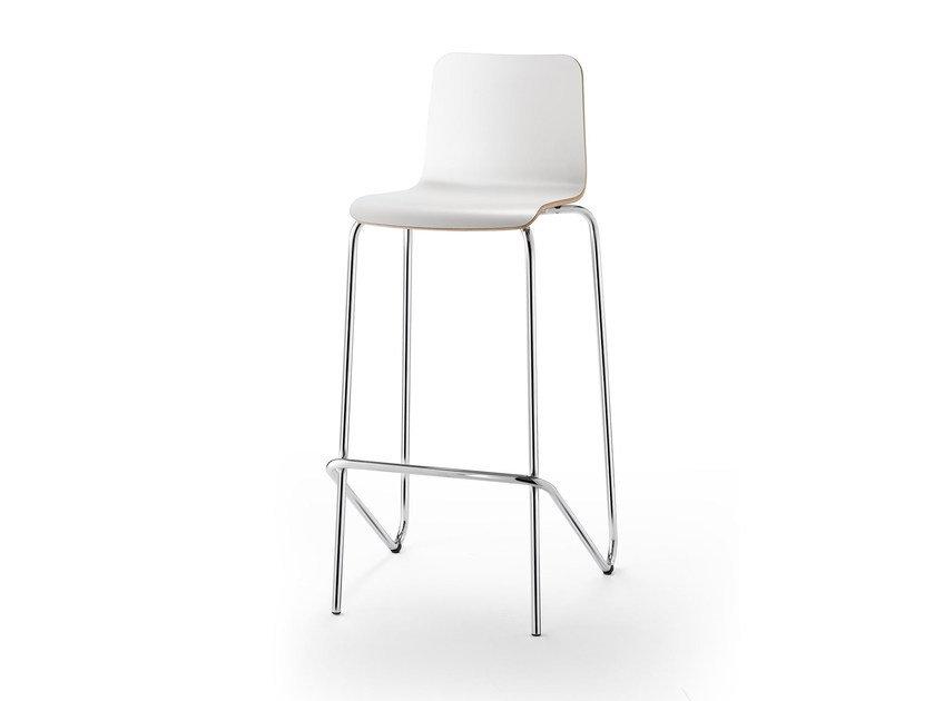 High stackable wood veneer stool with back ATICON | Stool by rosconi