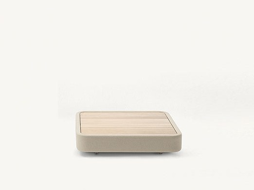 Low square Accoya® wood coffee table COVE | Square coffee table by Paola Lenti