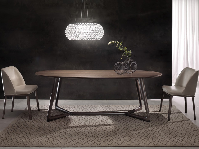 Oval dining table COVER - Pacini & Cappellini