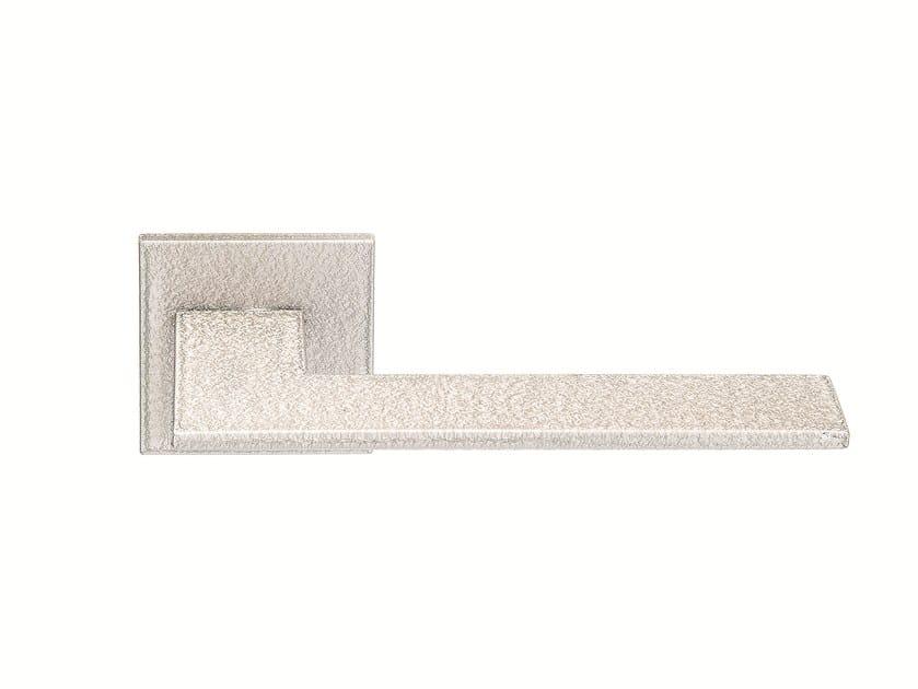Steel door handle on rose CRACKLE by Frascio