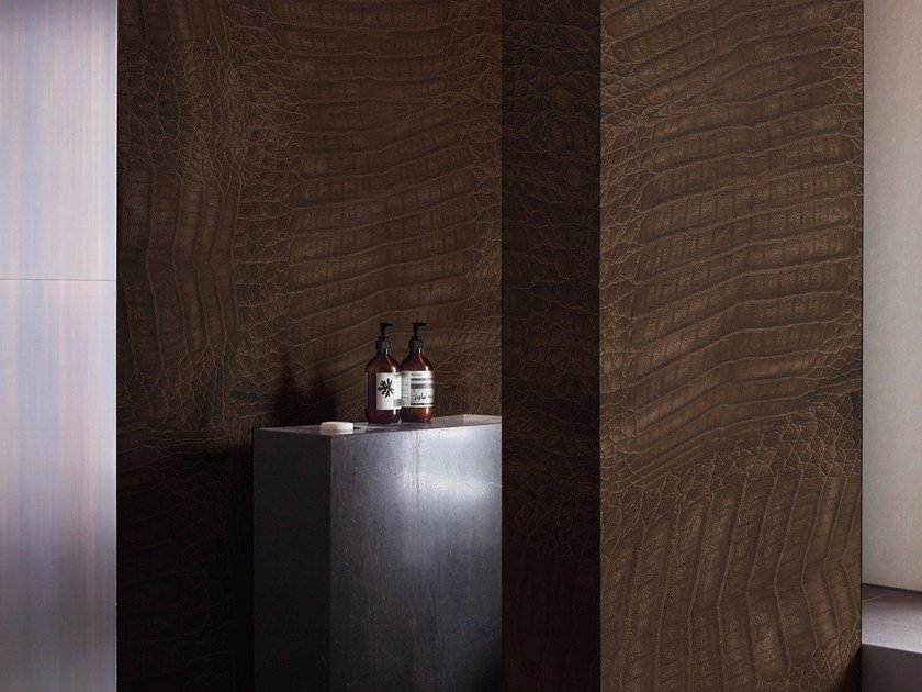 Panoramic wallpaper leather effect CROCODILE - Inkiostro Bianco