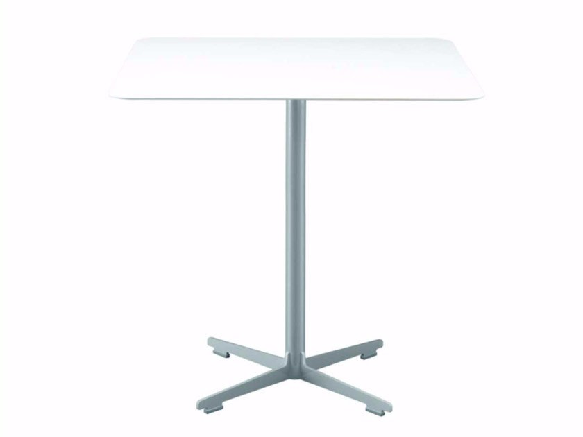 Square table with 4-star base CROSS TABLE - 577_O | Table by Alias