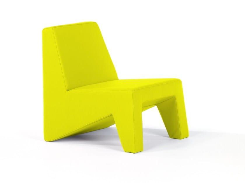 Fabric easy chair CUBIC | Easy chair - Moca