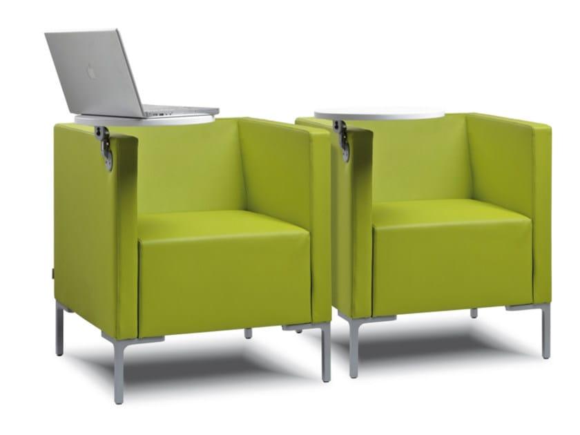 Poltrona imbottita in tessuto con tavolino CUBIS 640 - TALIN