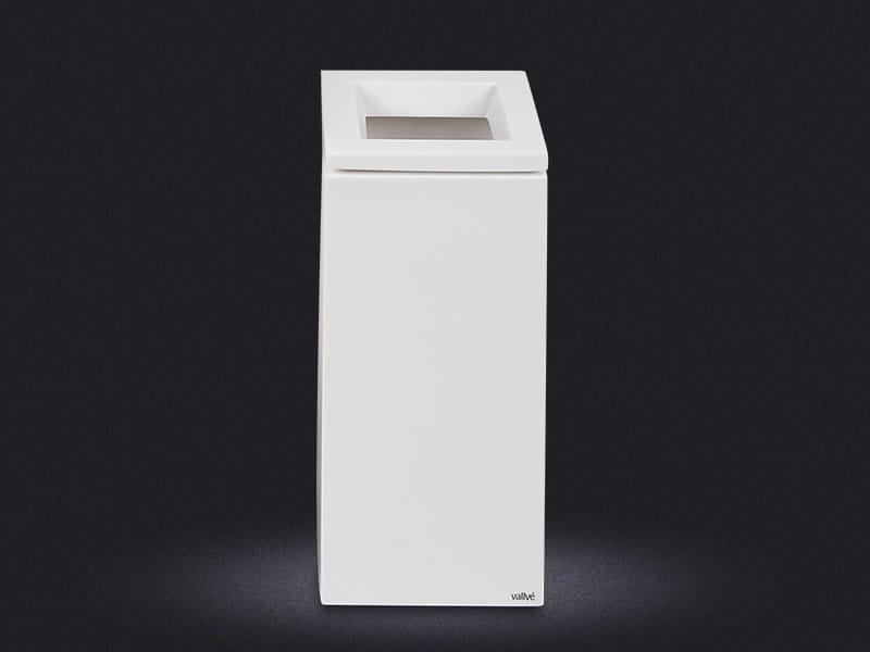 Resin bathroom waste bin CUBO SMALL | Bathroom waste bin - Vallvé Bathroom Boutique