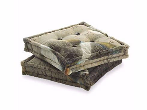 Square fabric cushion BOLD | Cushion by Arcom