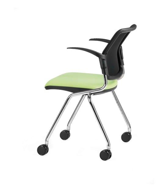 Sedia imbottita in tessuto con braccioli con ruote DELFI NET 074 R by TALIN