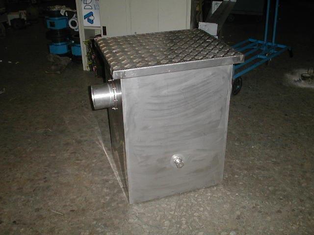 Oil separator, de-oiler and grease separator DEPOSTAT - DEPURECO