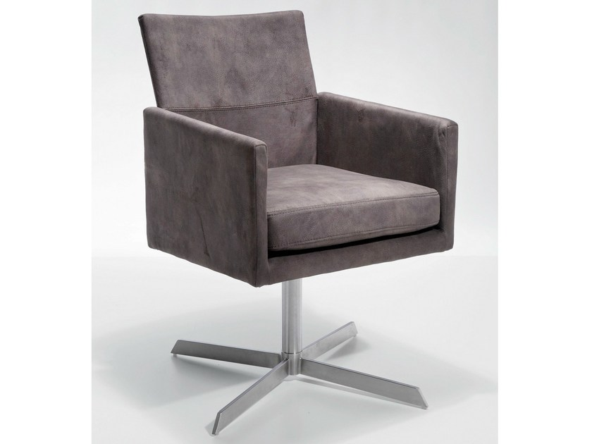 Swivel fabric armchair with 4-spoke base with armrests DIALOG - KARE-DESIGN