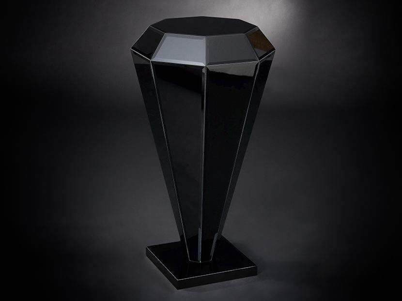Glass pedestal DIAMANTE | Pedestal by VGnewtrend