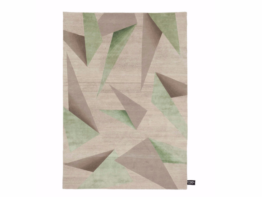 Handmade custom rug DIPPED ORIGAMI by cc-tapis