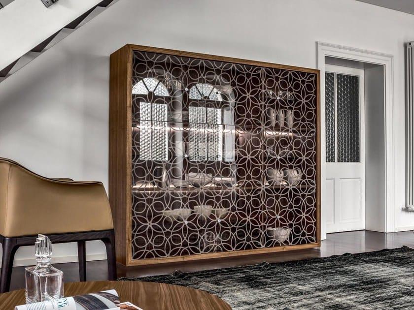 Wood and glass display cabinet GRANADA | Display cabinet by Tonin Casa