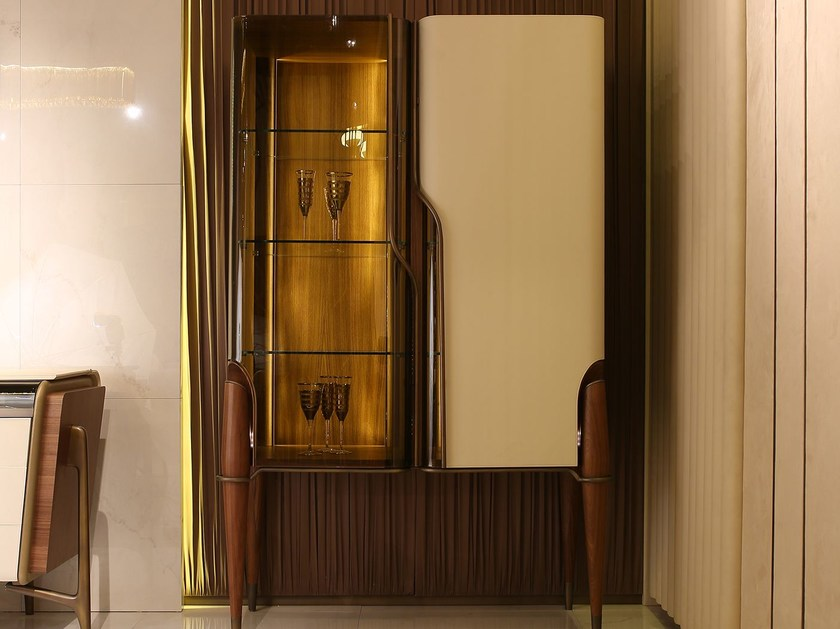 Display cabinet MELTING LIGHT   Display cabinet by Turri
