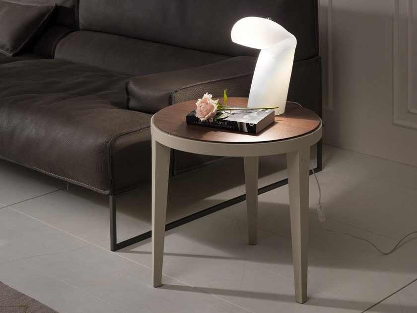 Low round coffee table DOMINIQUE | Lacquered coffee table - Pacini & Cappellini