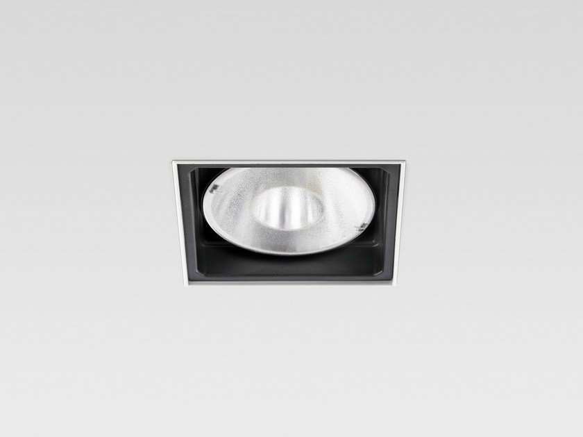 Adjustable recessed spotlight DOMINO - Reggiani Illuminazione