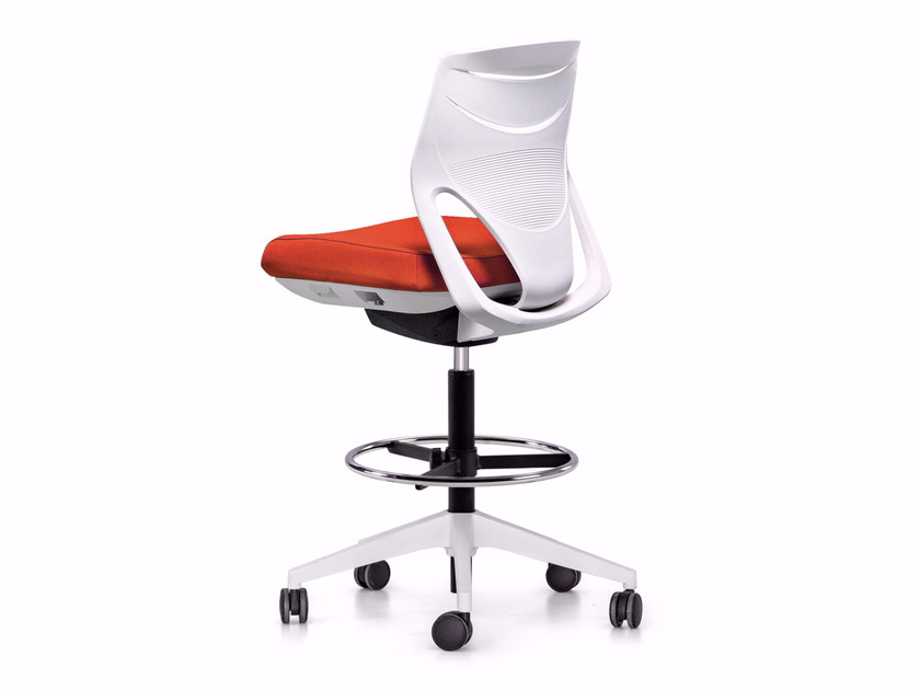 Swivel task chair with 5-Spoke base with casters EFIT | Drafting stool - ACTIU