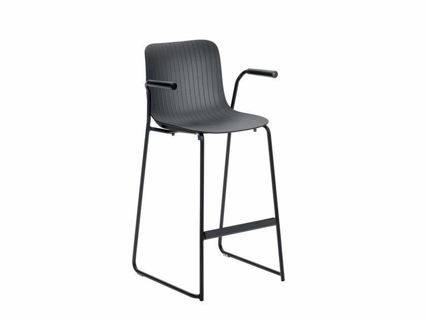 Sled base counter stool with armrests DRAGONFLY G0033B - Segis