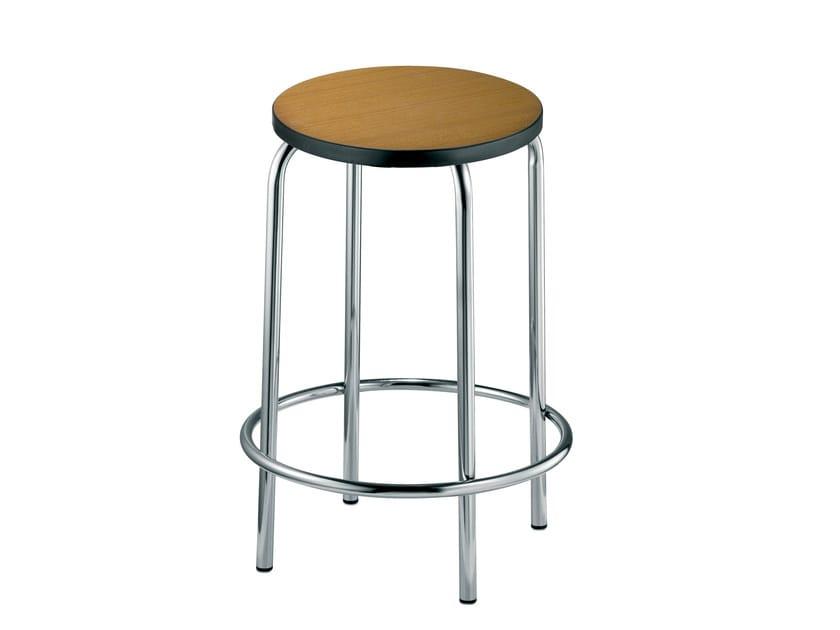 Stackable beech stool EASY | Stool - Mara