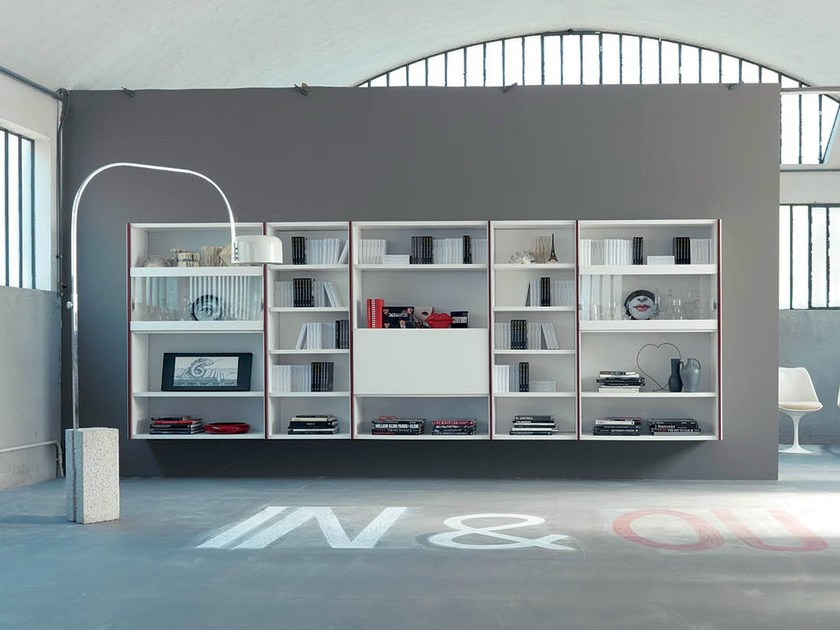 Contemporary style open wall-mounted lacquered bookcase EDIS 7 by Fimar