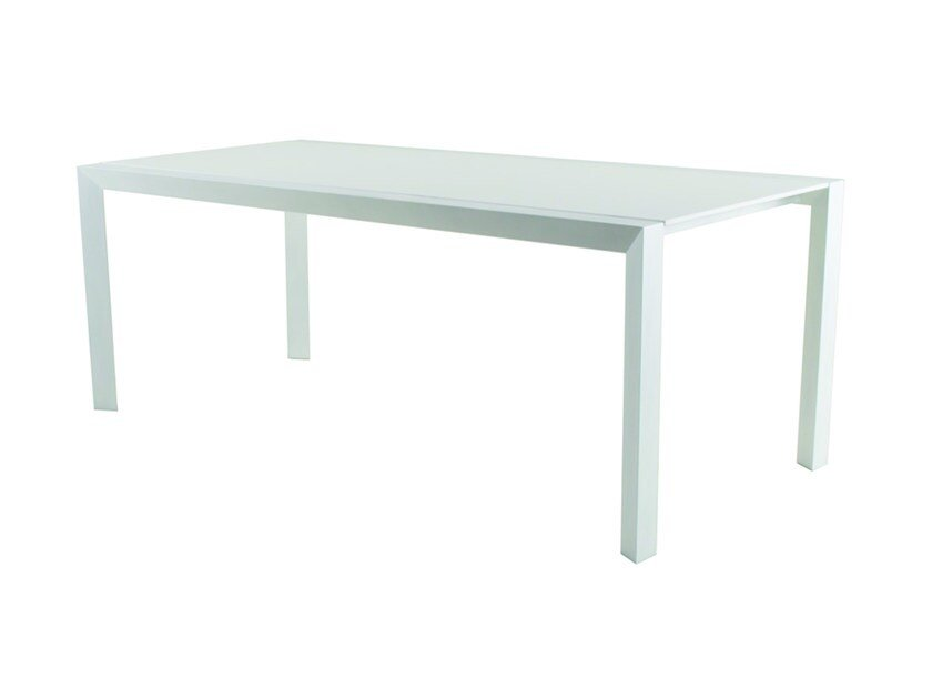 Rectangular Corian® garden table EMILY | Aluminium garden table by Efasma