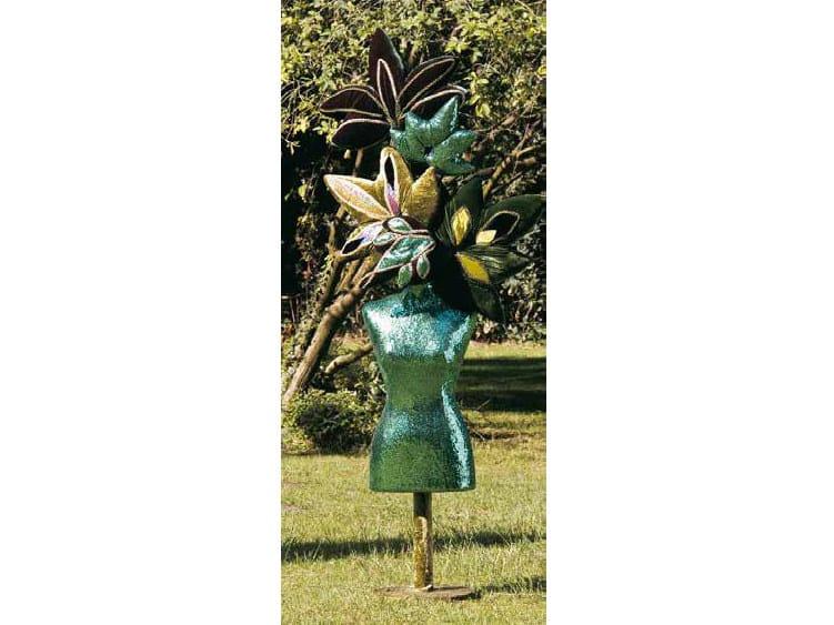 Fabric sculpture EN FLEUR by Mirabili