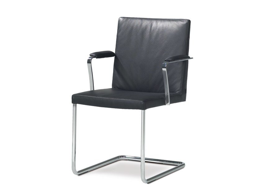 Cantilever chair with armrests ENOKI | Chair with armrests by JORI