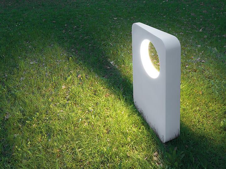 Paletto luminoso a LED in alluminio pressofuso ERACLEA by Artemide