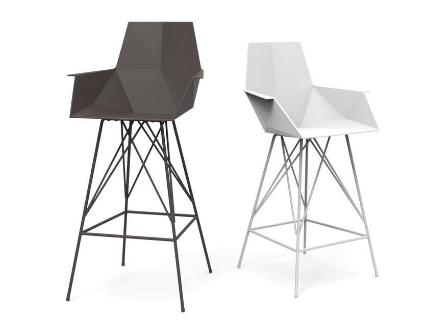 Polypropylene counter stool with armrests FAZ | Chair with armrests - VONDOM