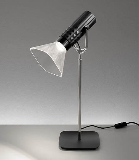 LED direct light desk lamp FIAMMA | Desk lamp by Artemide