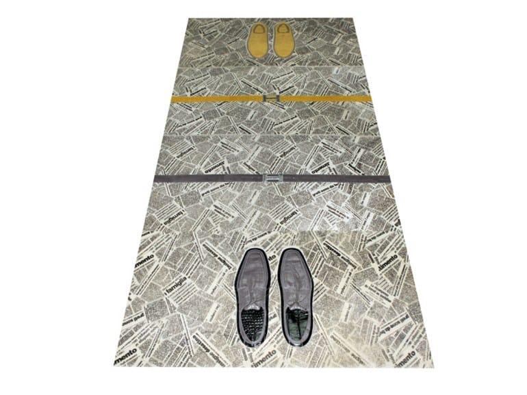 Handmade fur rug SHOES LINE NEWSPAPER - MarcoMoni Tappeti