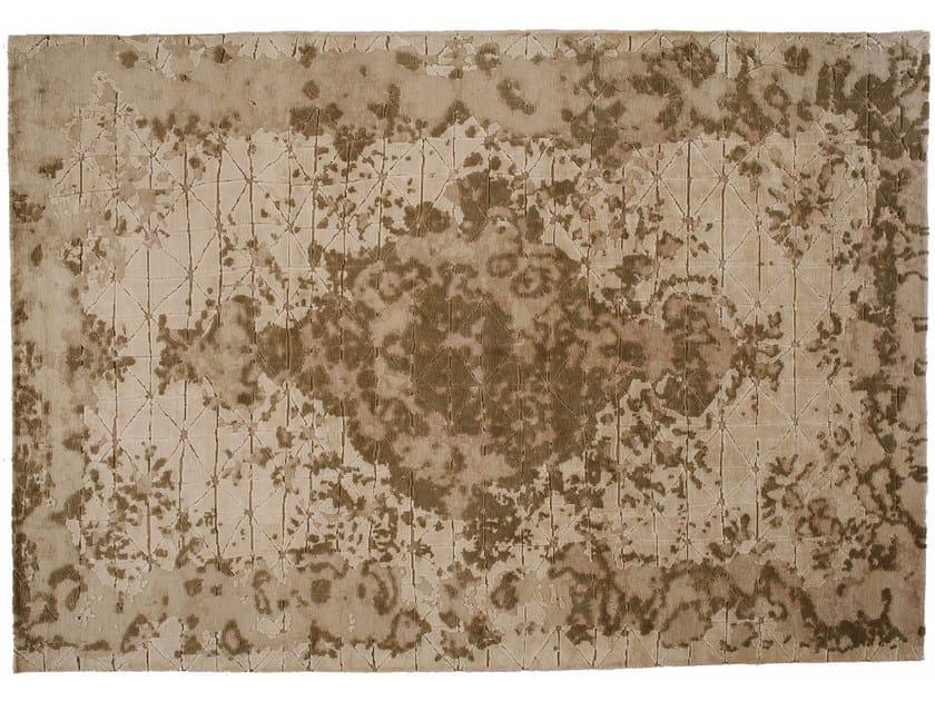 Tappeto fatto a mano rettangolare in lana e seta FIRUZABAD WHITE - Golran