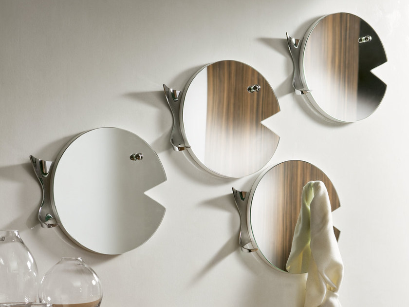 Wall-mounted mirror FISH by Pacini & Cappellini