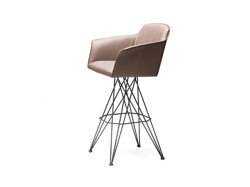 Sgabello da bar in pelle con braccioli FLAMINO by Cattelan Italia