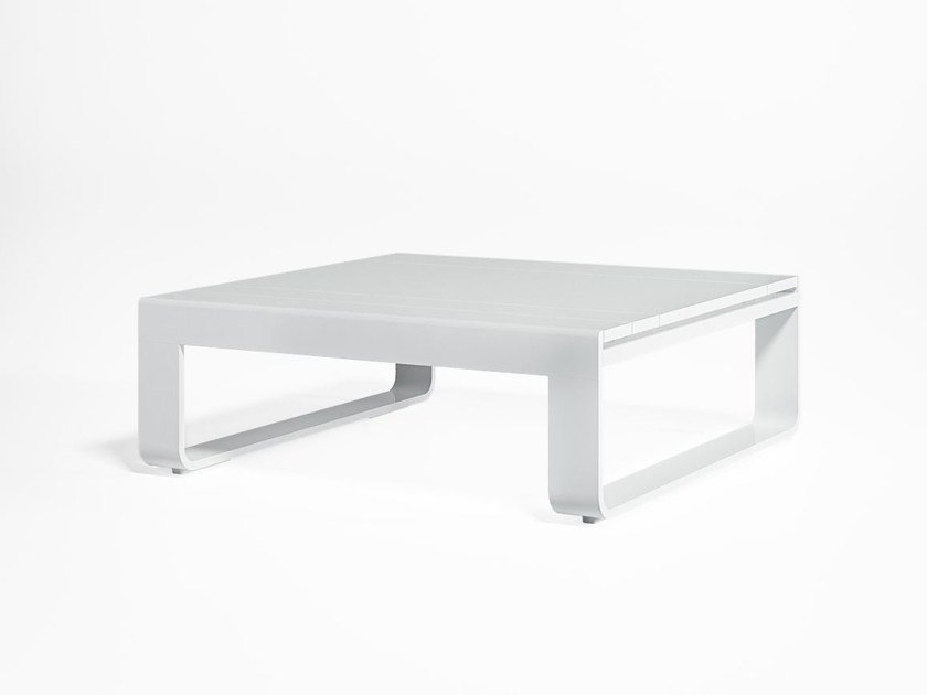 Low thermo lacquered aluminium garden side table FLAT | Square coffee table by GANDIA BLASCO