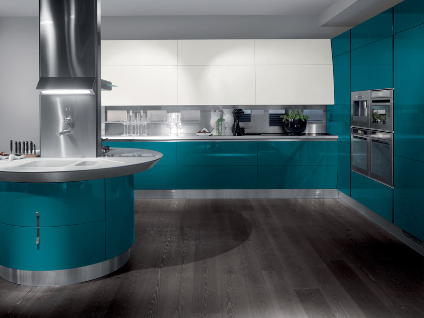 Lacquered fitted kitchen FLUX by Scavolini