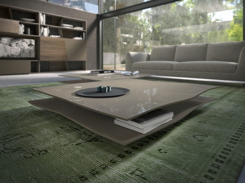 Low lacquered wooden coffee table FOGLIO by Presotto