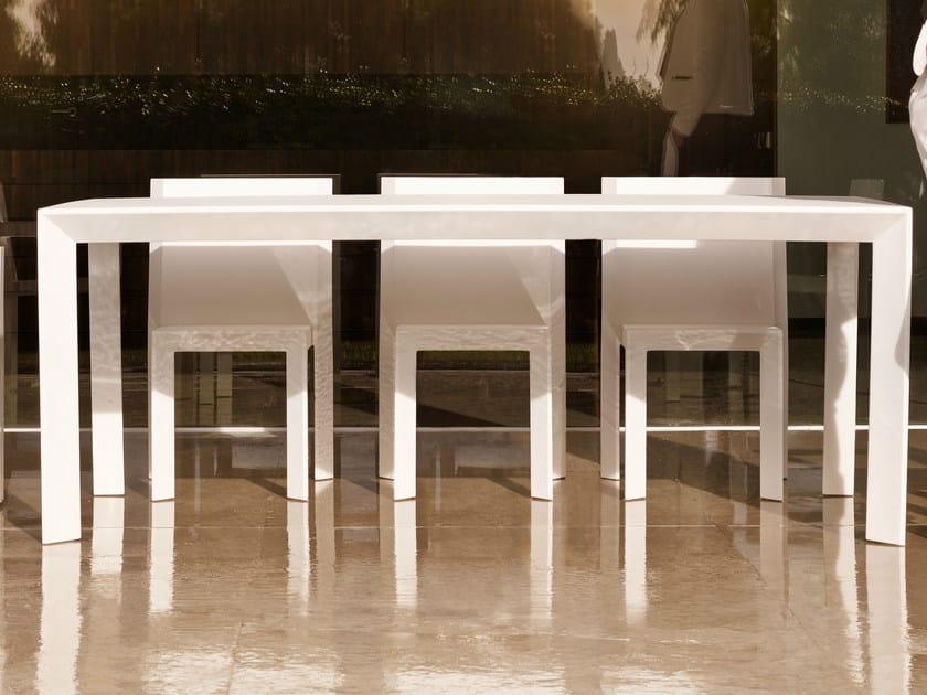 Rectangular polyethylene garden table FRAME | Rectangular table - VONDOM