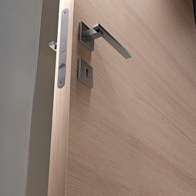 Porta a battente in alluminio e legno g like porta gidea - Controtelaio porta battente ...