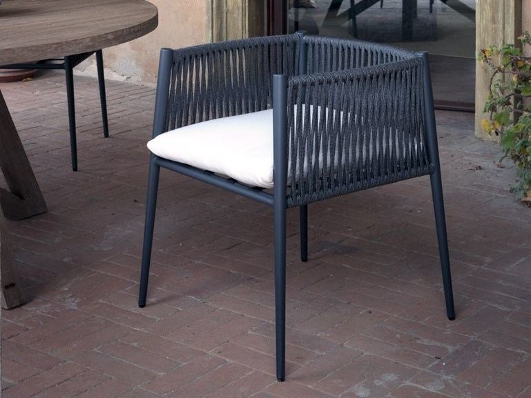 Garden chair with armrests LUCE | Garden chair by Unopiù