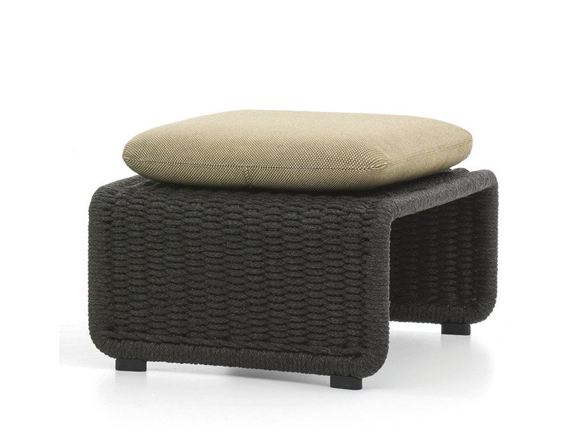 Outdoor pouf HALLEY OUTDOOR by Minotti