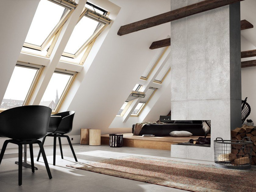 Wooden horizontally pivoted window GGL INTEGRA® SOLAR by Velux
