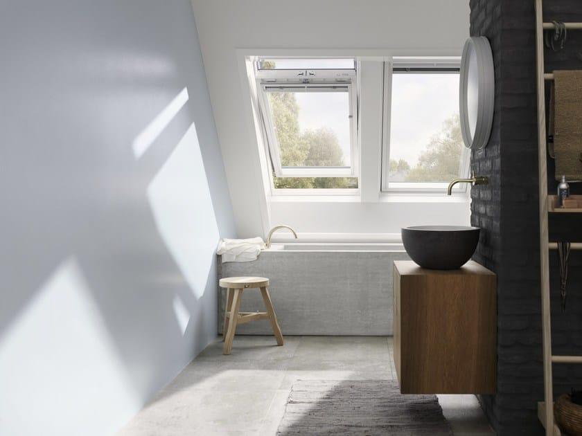 Finestra da tetto a bilico con apertura manuale ggu velux for Finestre a tetto velux prezzi