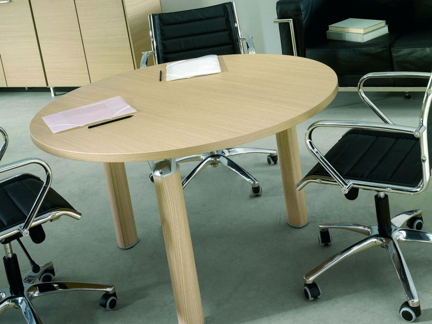 Round melamine-faced chipboard office desk GIOVE G12W by Arcadia