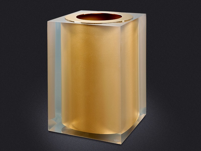 Resin bathroom waste bin GOLD GLOSS | Resin bathroom waste bin by Vallvé