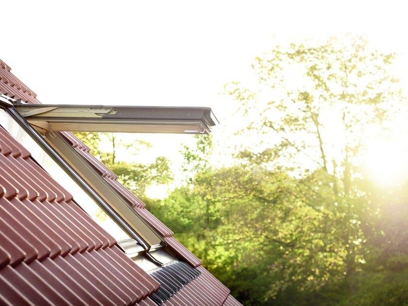 Finestra da tetto a bilico con apertura manuale gpl velux for Finestre velux gpl