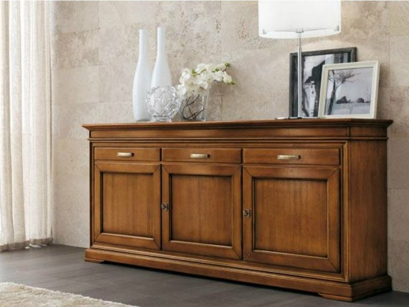Solid wood sideboard GRANDAMA | Sideboard by Devina Nais